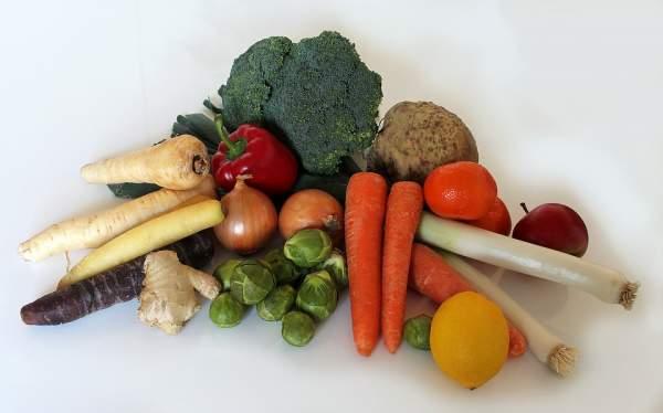 Mange des fruits et légumes pour les fibres, vitamines, oligo-éléments, minéraux, antioxydants...