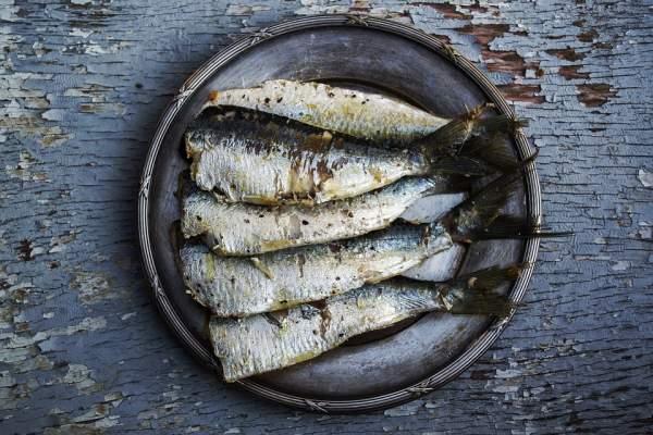 Tu peux te recharger en oméga 3 en mangeant des sardines notamment.