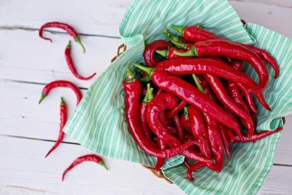 Fais gaffe aux aliments acides ou brûlants comme le piment pour ne pas irriter ta muqueuse.