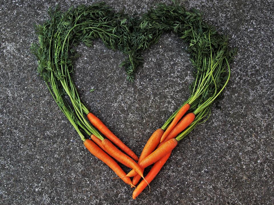 Les carottes sont riches en carotène, parfait pour terminer l'été et garder un teint hâlé.