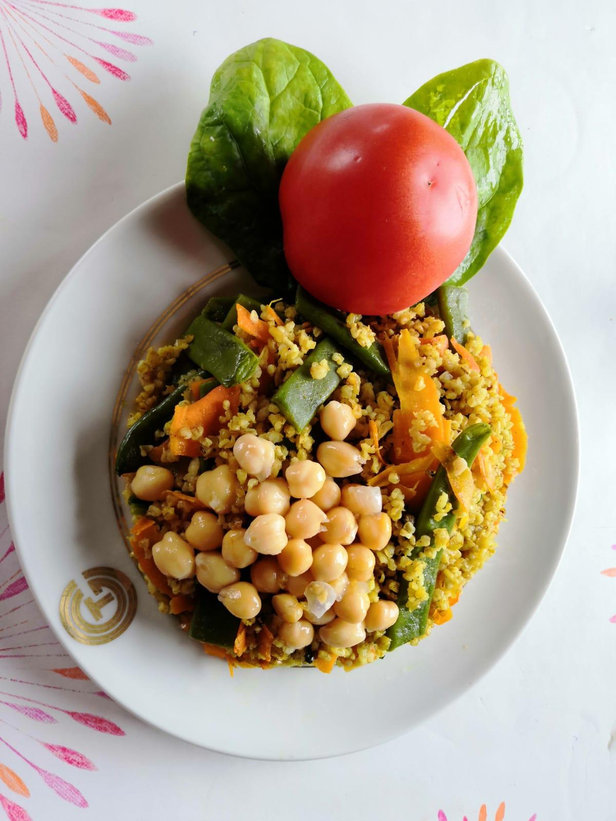 Un plat complet et équilibré à base de boulghour pois chiches au curry.
