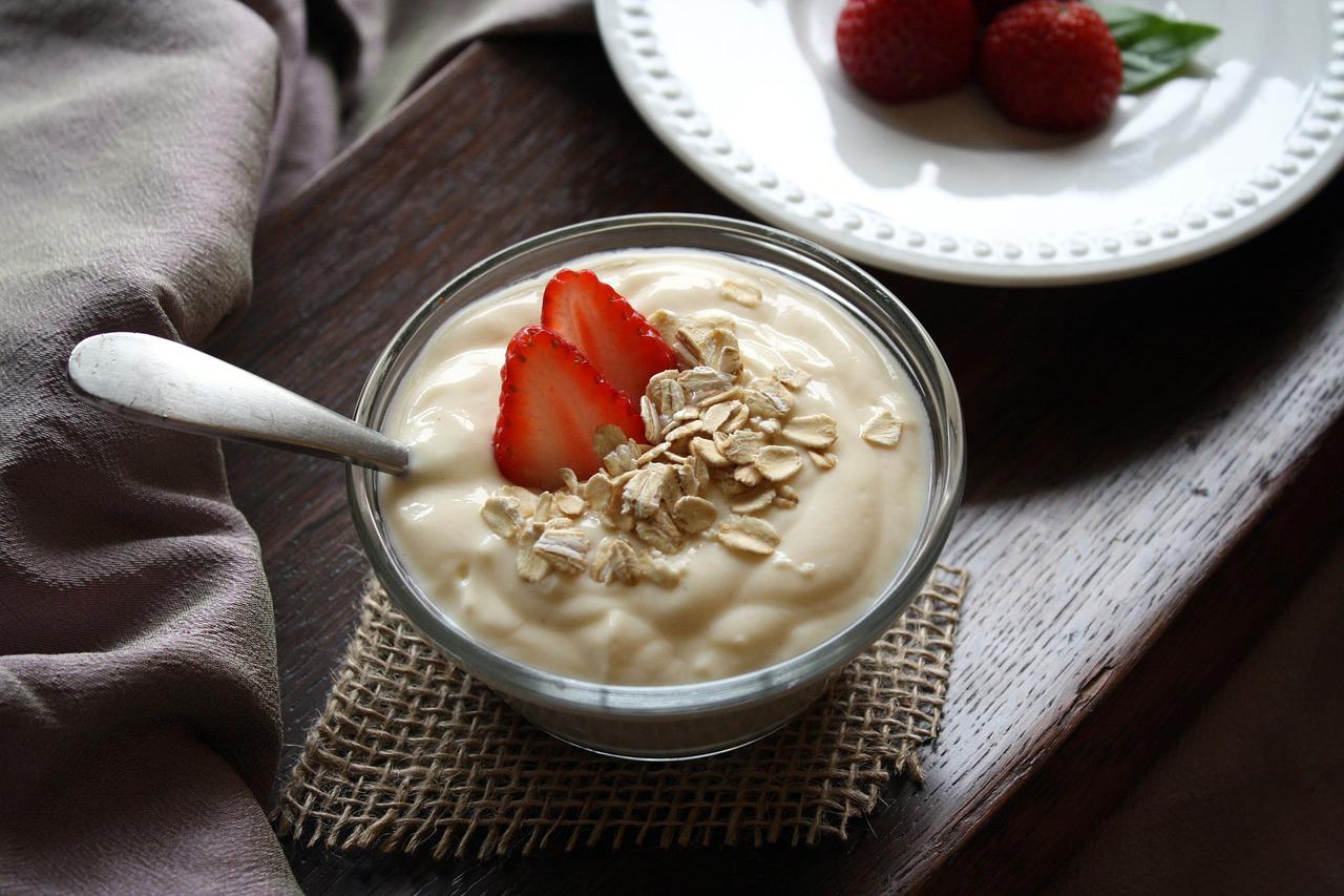 Le budwig du matin, une autre façon de manger bien pour exploser ta journée !